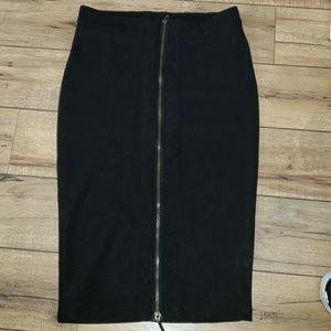 Black pencil zipper skirt